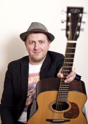Drue James - Acoustic Guitar Lessons - learnguitarinlondon